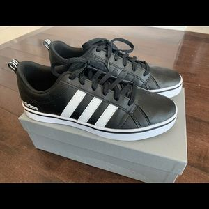 Adidas Leather Court Shoes Sneakers *Brand new*